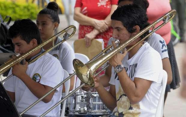 La música y los niños en un mismo lugar