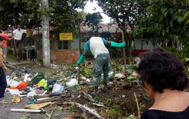 Jornada ambiental con sentido de pertenencia en el barrio La Patria